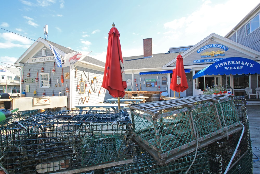 Front of Property, Fishermans Wharf Inn