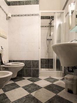 Hotel Soggiorno Athena, Pisa: 2019 Room Prices & Reviews ...