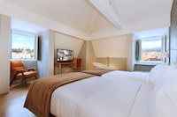 Superior Double Room (City or River View)
