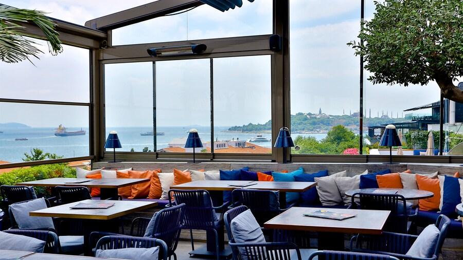 Zimmer Bosphorus Hotel