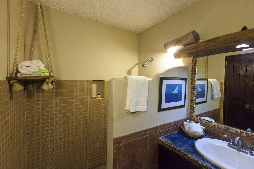 Bathroom, Blue Angel Resort