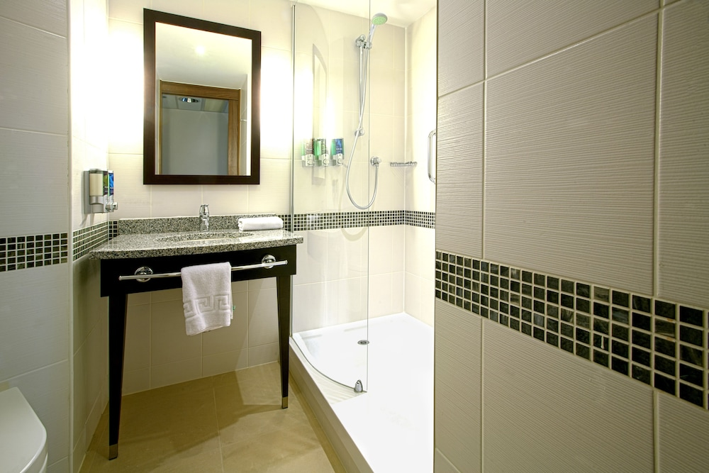 Bathroom, Hampton by Hilton York