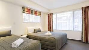 Frette Italian sheets, free WiFi, bed sheets