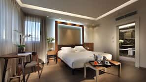 Ropa de cama de alta calidad, colchones Tempur-Pedic, caja fuerte