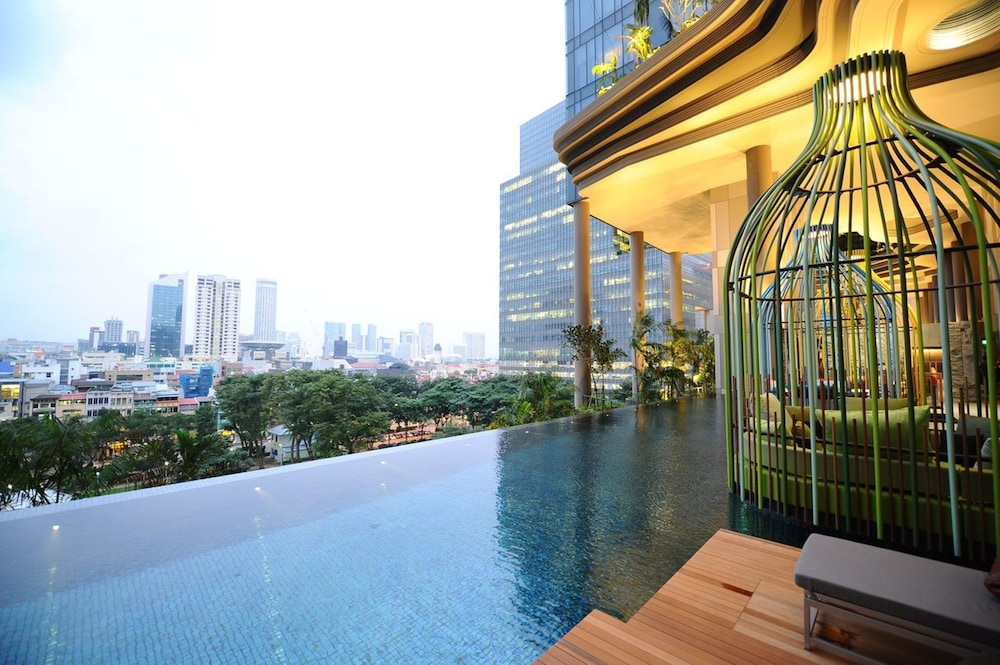 Infinity Pool, PARKROYAL COLLECTION Pickering, Singapore