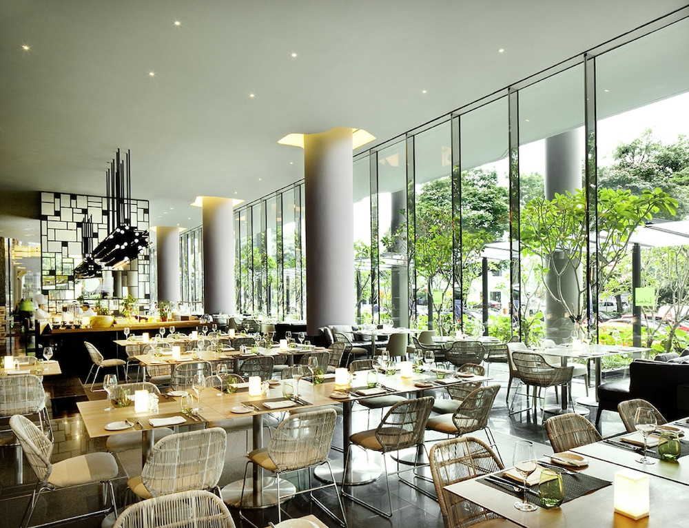Restaurant, PARKROYAL COLLECTION Pickering, Singapore