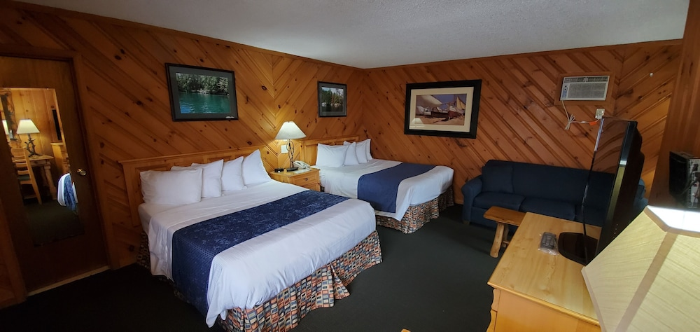 Room, The Lake Motel