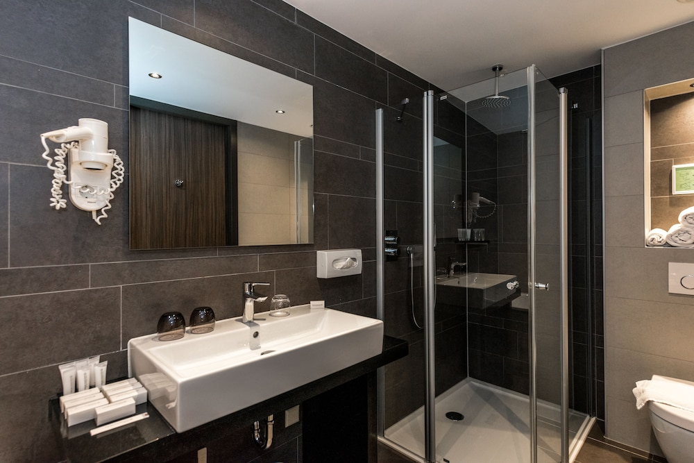 Bathroom, XO HOTELS PARK WEST