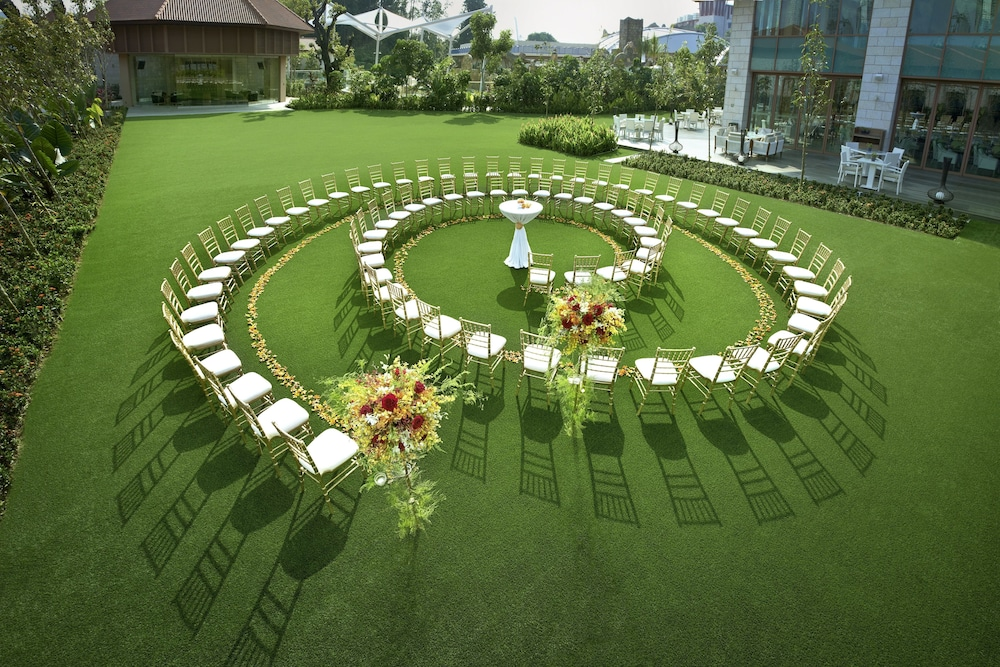 Outdoor Wedding Area, Resorts World Sentosa - Equarius Hotel