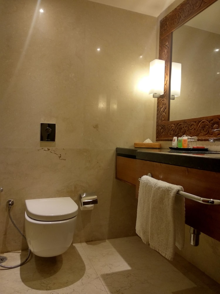 Bathroom, Hotel Yak & Yeti