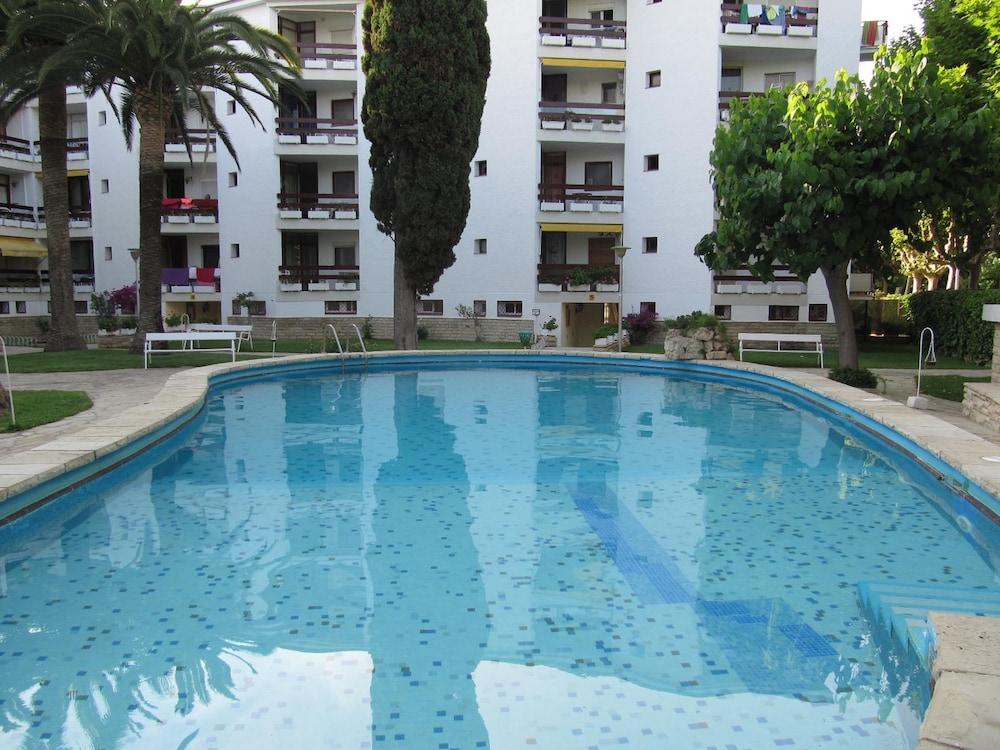 Apartamentos Corcega Salou Esp Expedia Com Au