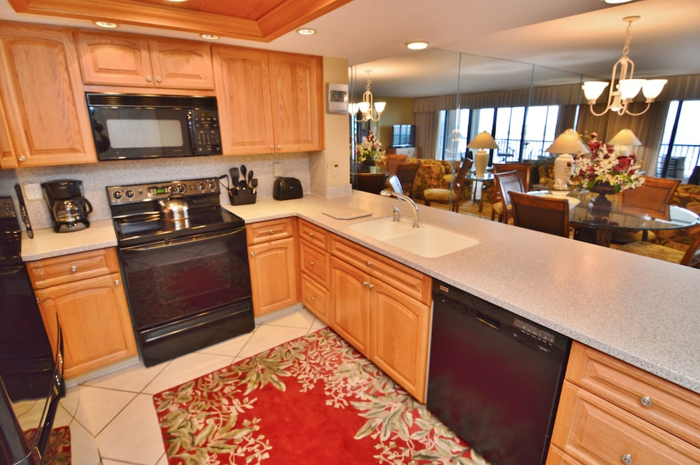 Private Kitchen, Resort Harbour Properties