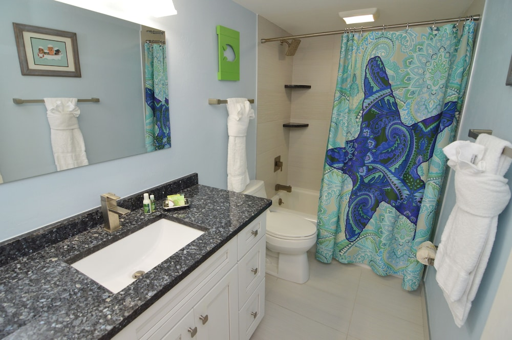 Bathroom, Resort Harbour Properties