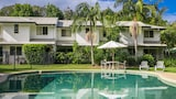Byron Lakeside Holiday Apartments - Byron Bay Hotels