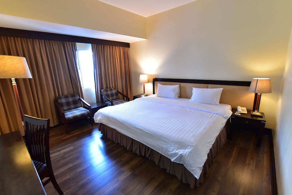 New Season Hotel Hat Yai 2019 Reviews Hotel Booking Expedia