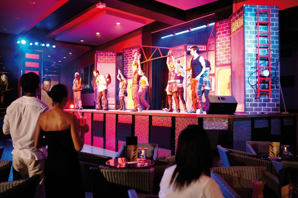 Theater Show, Hotel Riu Palace Costa Rica - All Inclusive