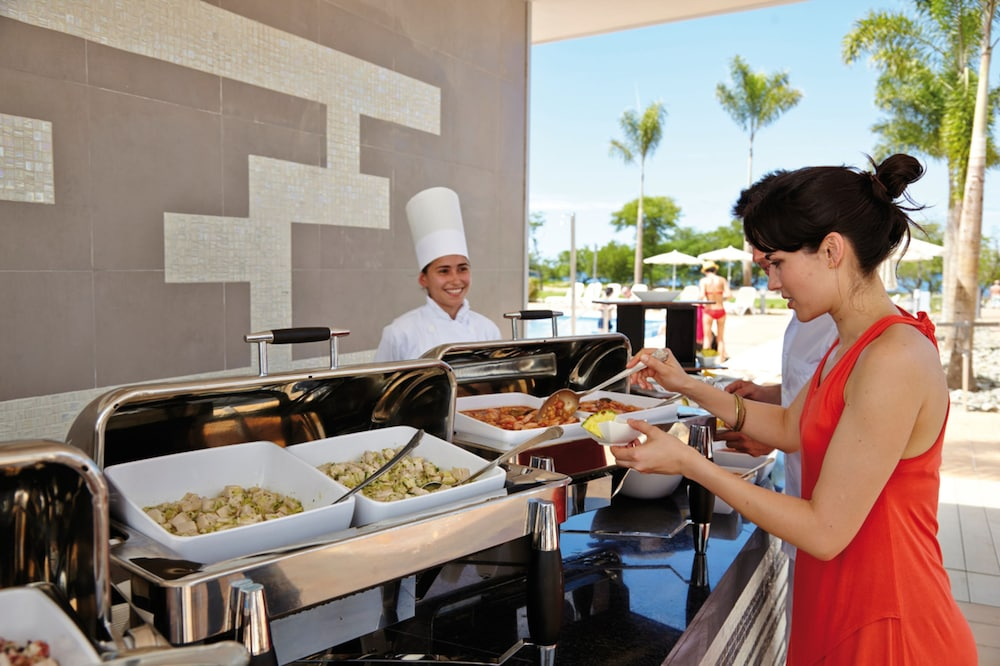 Buffet, Hotel Riu Palace Costa Rica - All Inclusive