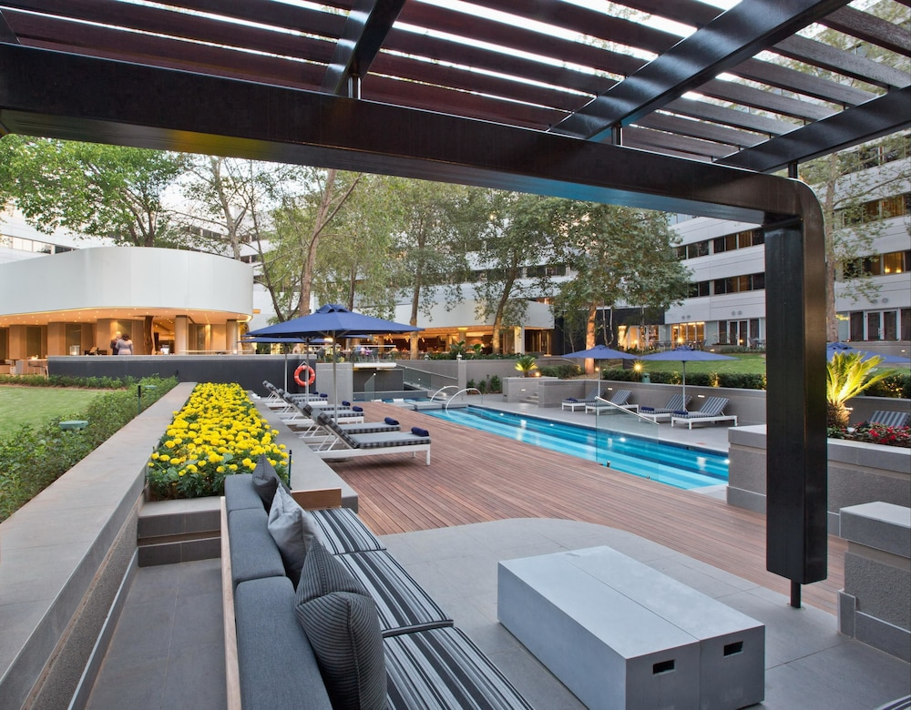 Pool, The Maslow Hotel, Sandton