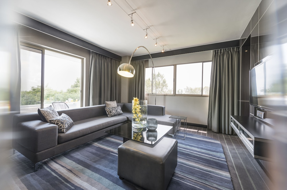 Living Room, The Maslow Hotel, Sandton