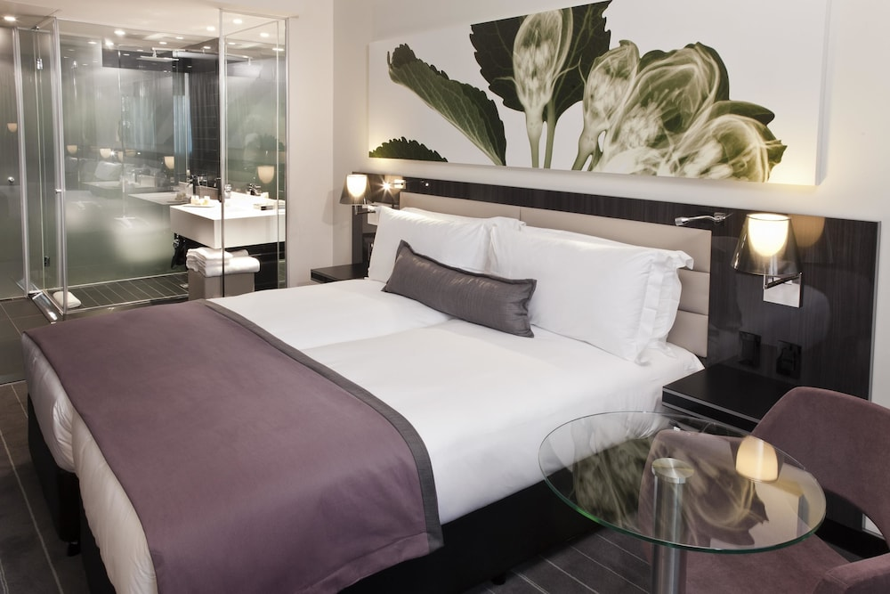 Room, The Maslow Hotel, Sandton
