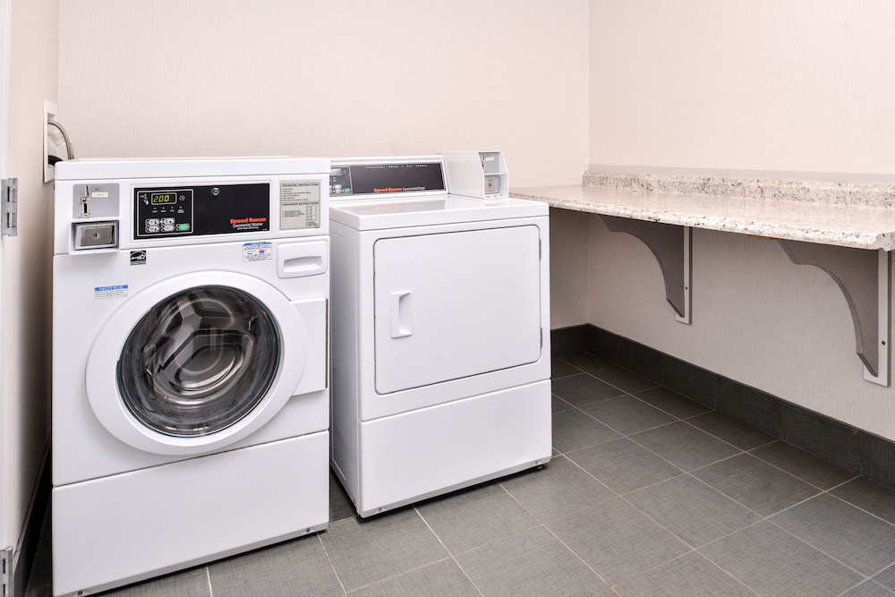 Laundry Room, Holiday Inn Express Canandaigua - Finger Lakes, an IHG Hotel