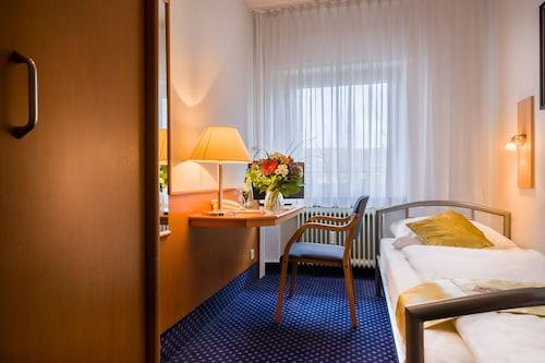 Hotels Near Karlsruhe Trade Fair Center Rheinstetten Find Cheap