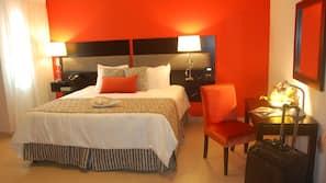 1 bedroom, hypo-allergenic bedding, down comforters, pillowtop beds