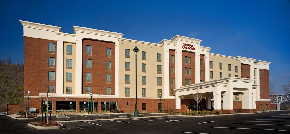 Exterior, Hampton Inn & Suites Pittsburgh/Waterfront-West Homestead,PA