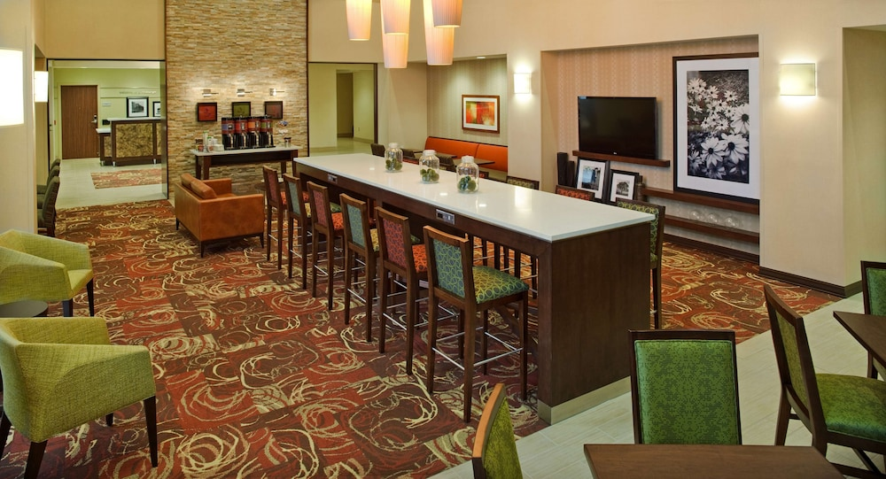 Reception, Hampton Inn & Suites Pittsburgh/Waterfront-West Homestead,PA
