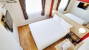 ตู้นิรภัยในห้องพัก, Wi-Fi ฟรี, ผ้าปูที่นอน