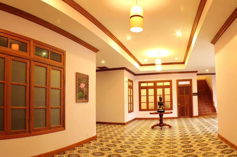 Interior Detail, Royal Crown Hotel & Spa