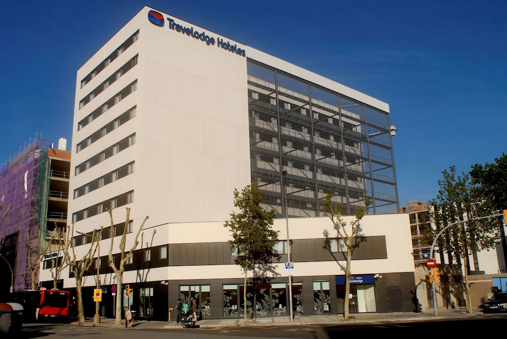 Exterior, Travelodge Barcelona Poblenou