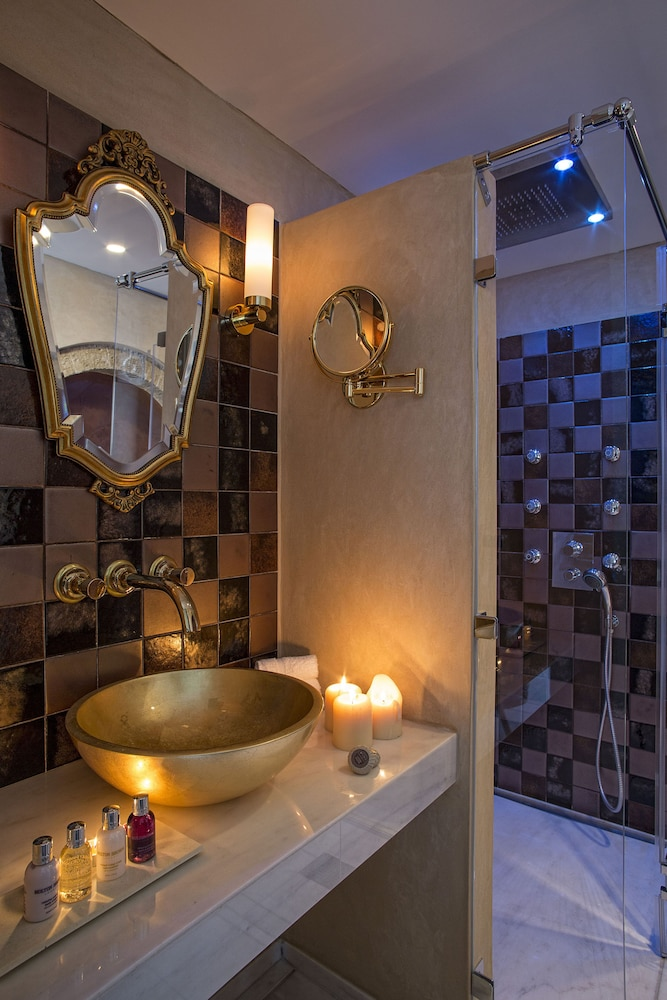 Bathroom Sink, Moni Emvasis Luxury Suites