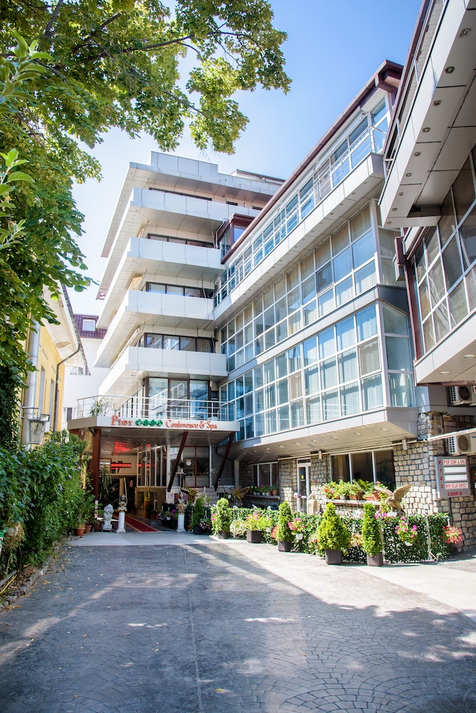 Boutique Hotel: GRAND PIER BOUTIQUE HOTEL In Bucharest