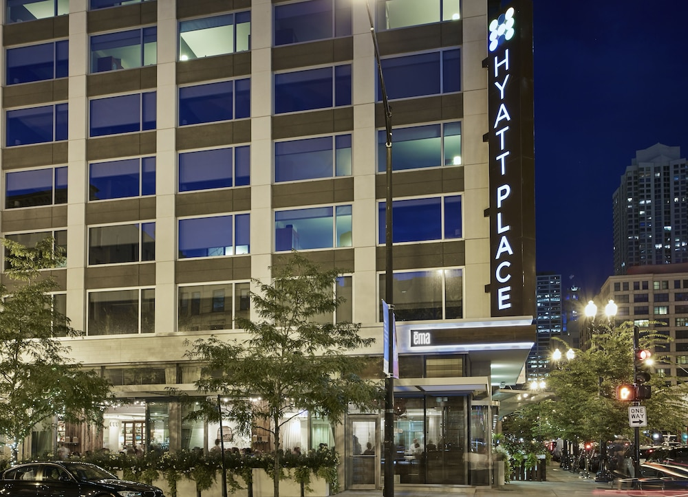 Hyatt place chicago river north in chicago cheap hotel for New hotels in chicago