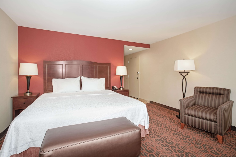 Living Area, Hampton Inn & Suites Denver/South-RidgeGate