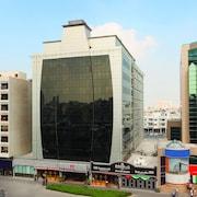 Top 10 Cheap Hotels in Deira, Dubai $16: Find the Cheapest