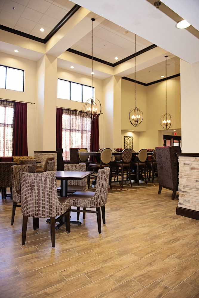 Dining, Hampton Inn & Suites Hope