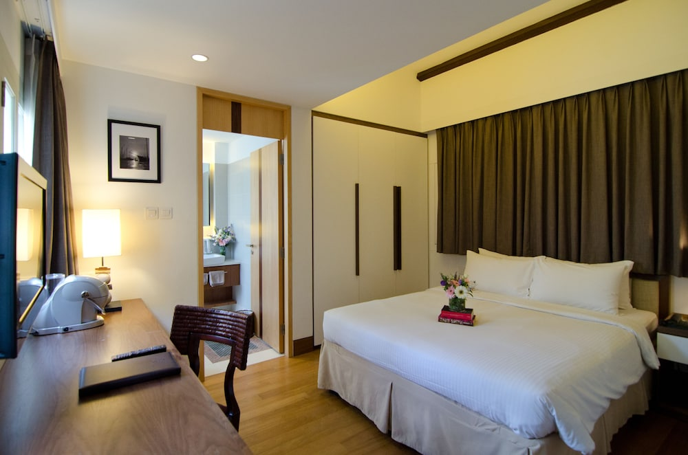 Room, The Sultan (SG Clean)