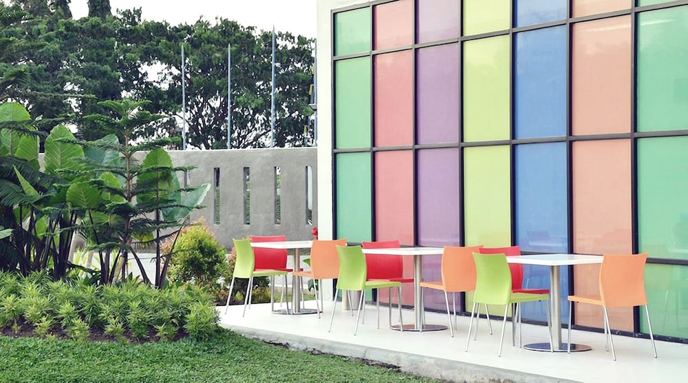 Pop Hotel Airport Jakarta 2019 Room Prices Deals Reviews Expedia