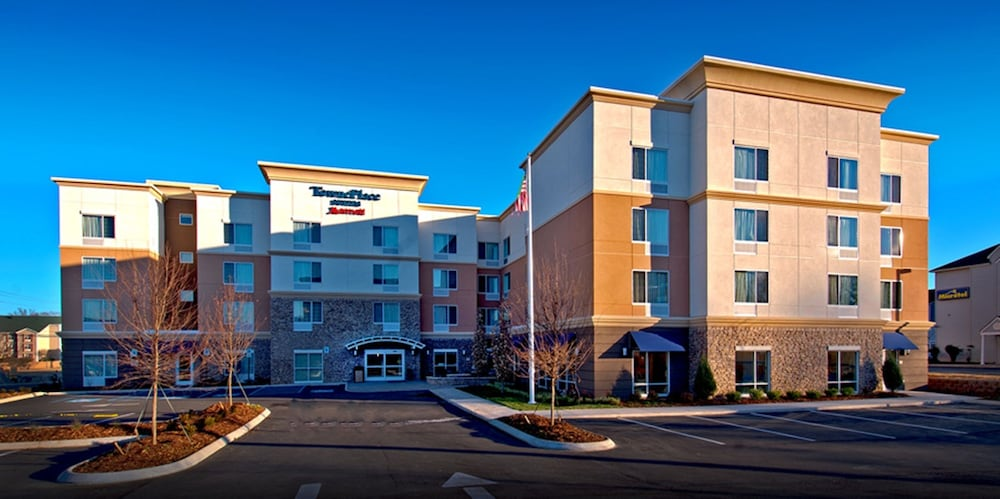 Book Towneplace Suites Chattanooga Near Hamilton Place Hotel Deals