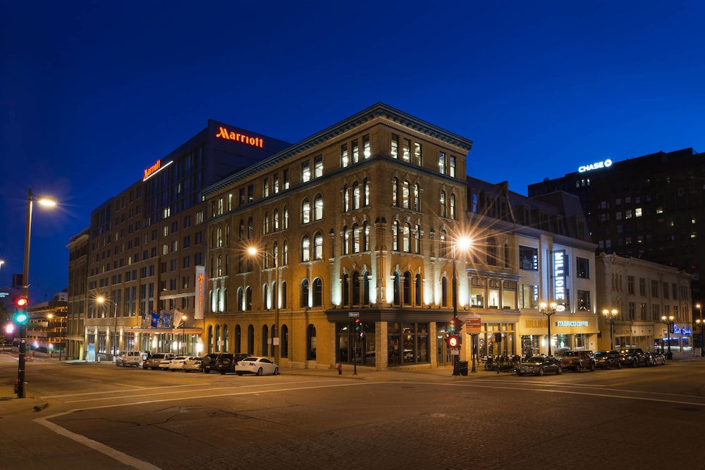 Featured Image, Marriott Milwaukee Downtown