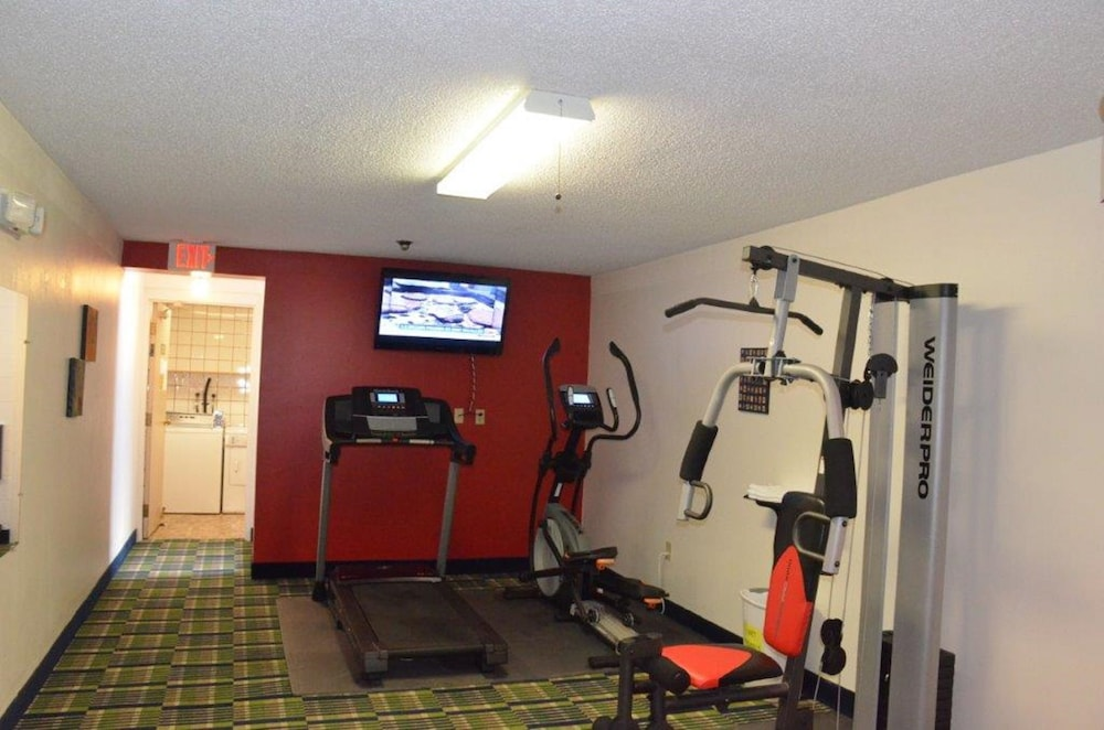 Health and Fitness : Fitness Studio 18 of 59