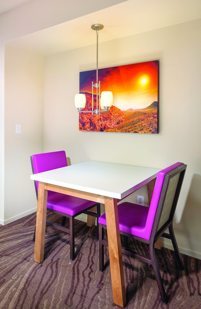 In-Room Dining, WorldMark Las Vegas - Boulevard