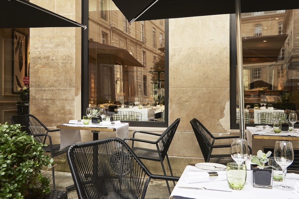 Terrace/Patio, Grand Hotel du Palais Royal