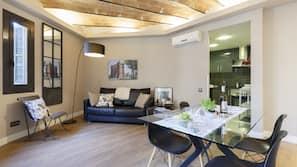 2 bedrooms, minibar, individually decorated, individually furnished