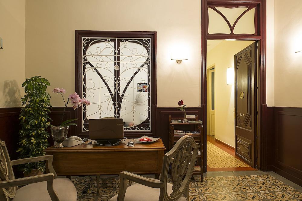 Tabaco Hotel Polen : Palou boutique hotel sant pere de ribes hotelbewertungen