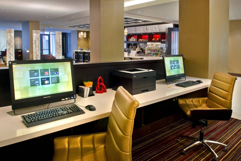 Business Center, Courtyard by Marriott Washington, DC/Foggy Bottom