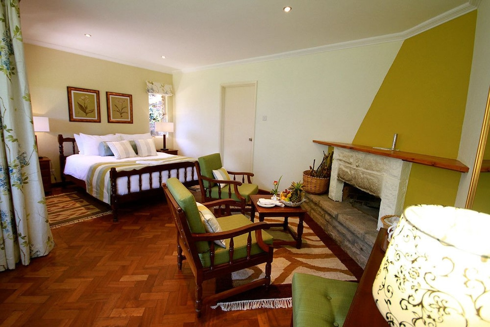 Room, Aberdare Country Club