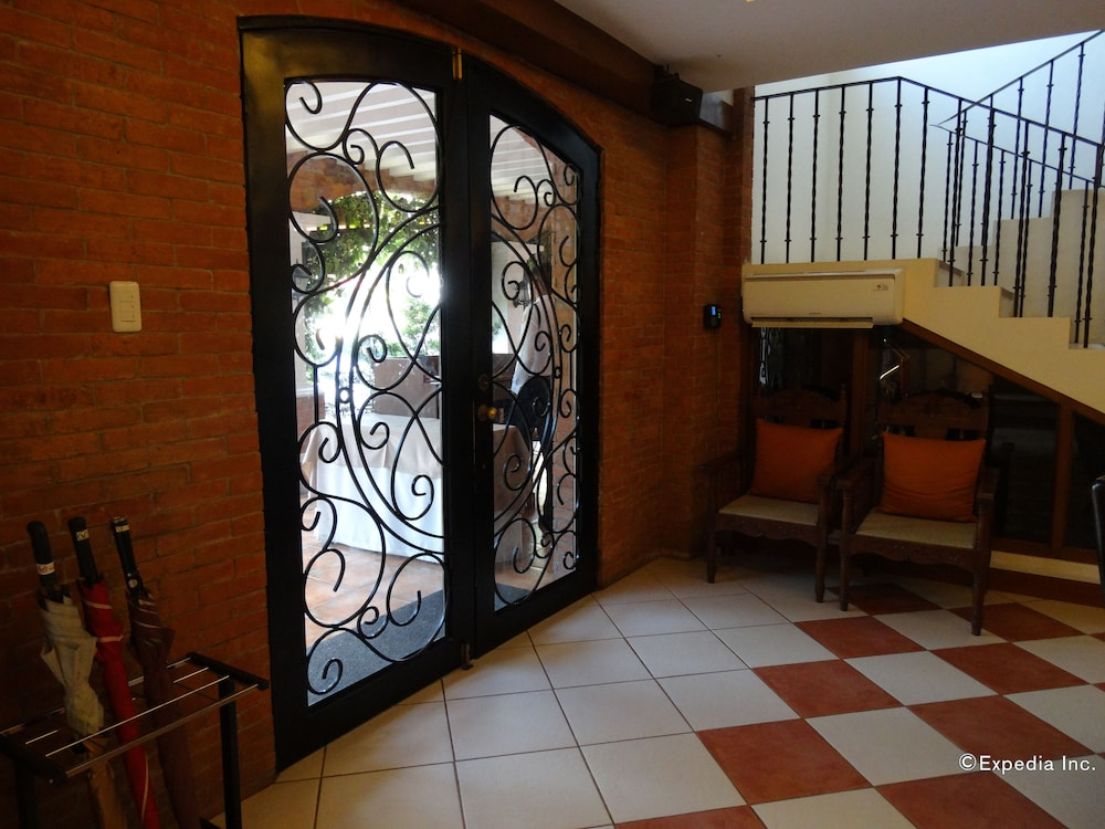 Hotel Vicente In Davao Hotel Rates Reviews On Orbitz